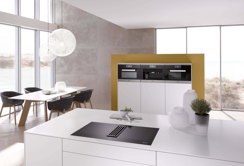 plan de cuisson avec ventilation int gr e miele twoinone. Black Bedroom Furniture Sets. Home Design Ideas