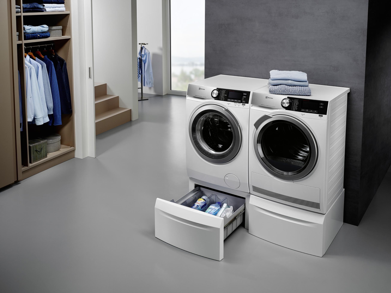 electrolux boulverse les habitudes de l entretien du linge. Black Bedroom Furniture Sets. Home Design Ideas